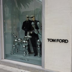 Photo taken at TOM FORD INTERNATIONAL - BEVERLY HILLS by Timothy P. on 7/26/2013