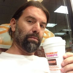 Photo taken at Dunkin' Donuts by Erhan A. on 9/9/2014