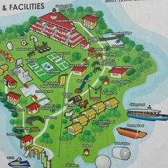 Photo taken at Caliraya Recreation Center & Resort by Jojo R. on 6/4/2013
