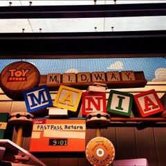 Photo taken at Toy Story Midway Mania by Jefferson N. on 12/9/2012