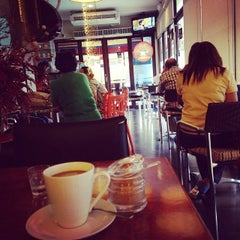 Photo taken at Ghenne's Coffee Shop by Ely A. on 1/25/2014