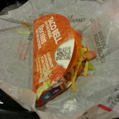 Photo taken at Taco Bell by Alyssa V. on 1/15/2013