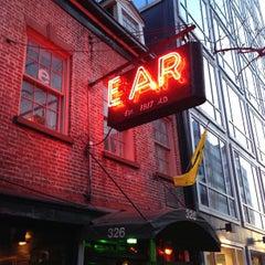 Photo taken at Ear Inn by Boris 🦁 v. on 4/27/2013