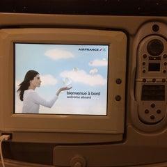 Photo taken at Air France - Flight AF 7 by Sonny Q. on 11/9/2013