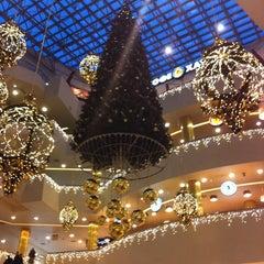 Photo taken at ТРЦ «Галерея» / Galeria Shopping Mall by Анна Х. on 11/12/2013