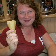 Photo taken at Braum's Ice Cream & Dairy Stores by Randy G. on 8/26/2013
