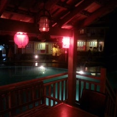 Photo taken at KamaLodge Cafe by Nabilah S. on 11/13/2015