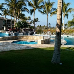 Photo taken at Hilton Grand Vacations Kohala Suites at Waikoloa Beach Resort by fred b. on 5/23/2013