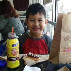 Photo taken at Dunkin Donuts by Ryan N. on 2/9/2014