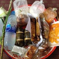Photo taken at วัดเทพลีลา พระอารามหลวง (Wat Thep Leela) by Golf W. on 4/14/2012