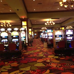 Photo taken at Seminole Casino Coconut Creek by Diana F. on 8/18/2013
