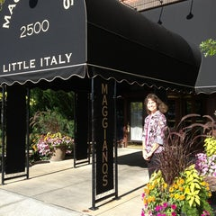 Photo taken at Maggiano's Little Italy by Lindsey E. on 7/28/2013