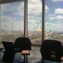 Photo taken at TIPCO Tower (อาคารทิปโก้) by Tumnam N. on 8/21/2015