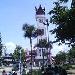 Photo taken at Jam Gadang by iqiiy d. on 1/31/2013