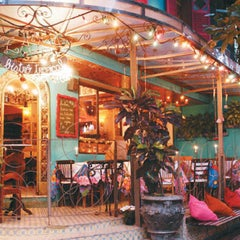 Photo taken at Old Dog Dogueria by Jefferson A. on 11/15/2012