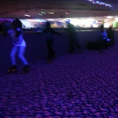 Photo taken at Almeda Skating Rink by Roshunda W. on 3/10/2013