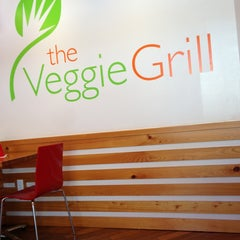 Photo taken at Veggie Grill by Sa3ad-87 M. on 6/13/2013