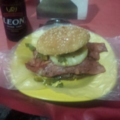 Photo taken at Xtreme Burger by Jorge A. on 1/20/2015