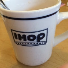 Photo taken at IHOP by Chellie D. on 2/23/2014