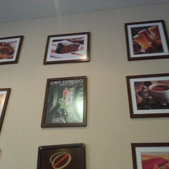 Photo taken at Alegria Gourmet by Vincenzo d. on 2/12/2015
