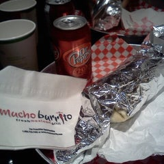 Photo taken at Mucho Burrito by Geomher A. on 12/6/2012