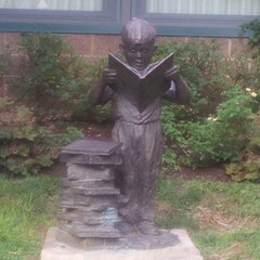 Photo taken at Doylestown District Center Library (Bucks County Free Library) by Kim O. on 8/12/2013