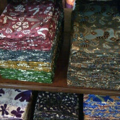 Photo taken at Batik Soga by bustanul a. on 12/6/2012