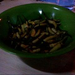"""Photo taken at Mie Kluntung/Nasi Goreng Jawa """"Pak Muji"""" by Nyoman Puja P. on 12/15/2012"""