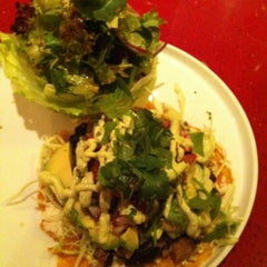 Photo taken at Âu Lạc - Vietnamese Humanese Cuisine by Anji B. on 3/23/2013
