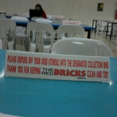 Photo taken at The Red Bricks Cafeteria (formerly Canteen 1) by Wong H. on 1/31/2013
