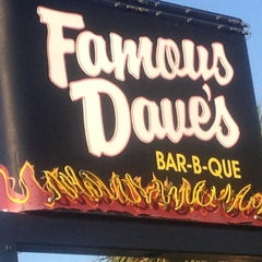 Photo taken at Famous Dave's by Chelsea C. on 11/11/2012