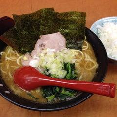 Photo taken at 横浜ラーメン武蔵家 幡ヶ谷店 by にろいち on 2/16/2015