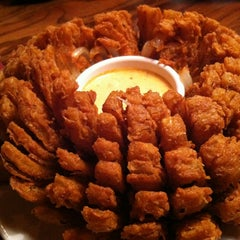 Photo taken at Outback Steakhouse by Thomas B. on 2/16/2013
