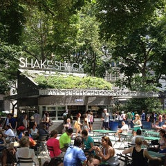 Photo taken at Shake Shack by Jorge D. on 7/7/2013
