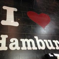 Photo taken at Hamburg by Eleana K. on 4/8/2013