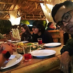 Photo taken at Restoran Istana Bambu by Faiz D. on 1/30/2016