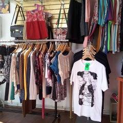 Photo taken at Posses Tienda de Diseño by Carla O. on 2/26/2013