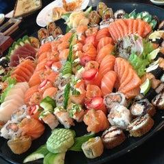 Photo taken at Niwa Sushi by Mariana Y. on 3/14/2013