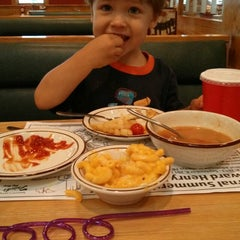 Photo taken at Frisch's Big Boy by Nathan C. on 7/5/2013