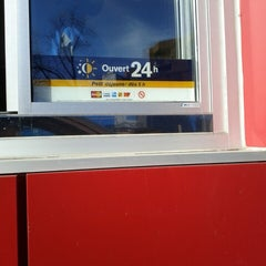 Photo taken at McDonald's by Felix G. on 2/16/2013