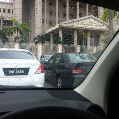 Photo taken at Kompleks Mahkamah Kuala Lumpur (Courts Complex) by Hannis A. on 6/10/2015