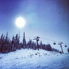 Photo taken at Freestyle Terrain Park by Max M. on 2/25/2013