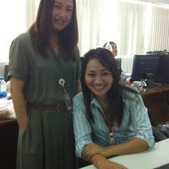 Photo taken at The Secretariat of The House of Representatines (สำนักงานเลขาธิการสภาผู้แทนราษฎร) by Ying N. on 10/18/2012