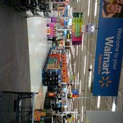 Photo taken at Walmart Supercentre by Haruko C. on 5/11/2014