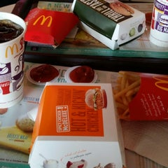 Photo taken at McDonald's by Janet S. on 10/24/2014