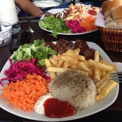 Photo taken at Cafe's Kafe by Barış A. on 10/15/2013