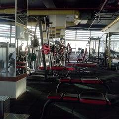 3/6/2013 tarihinde Erol Y.ziyaretçi tarafından EFC Fitness Spa&Club'de çekilen fotoğraf