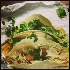 Photo taken at Picante! Fresh Mexican Grill by Derek D. on 4/1/2014