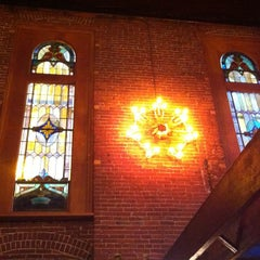 Photo taken at The Old Spaghetti Factory - St. Louis by Дарья Л. on 7/22/2013