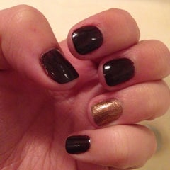 Photo taken at Brookline Natural Nails by Rachel B. on 9/25/2014